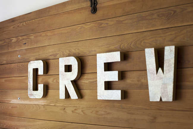 crews_room_8