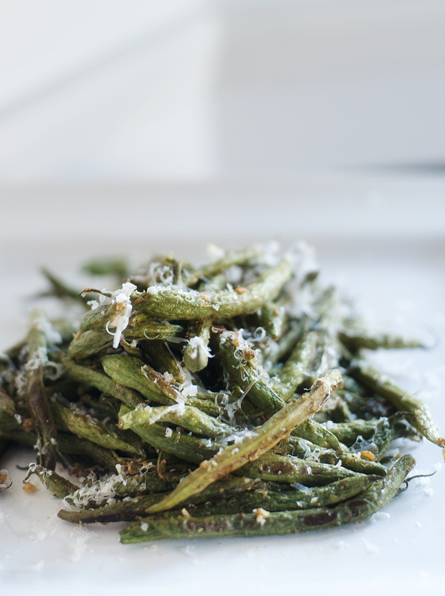 roasted parmesan green beans | pretty plain janes