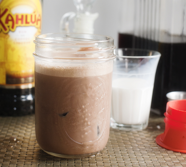 kahlua_mocha_iced_coffee_5