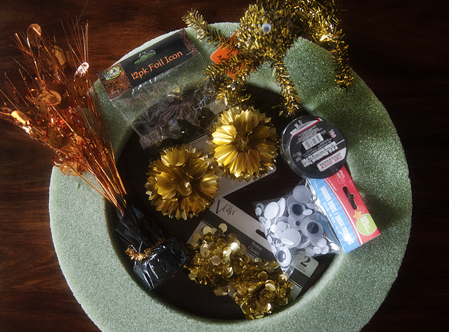 shan_diy_hallowenn_wreath_1