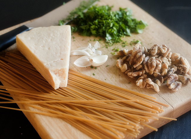 walnut_parmesan_parsley_linguini_1