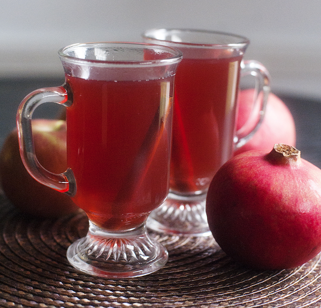 spiced pomegranate apple cider | pretty plain janes