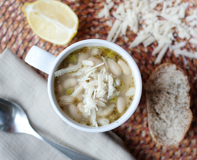 soup white bean with fennel soup white bean soup with chive oil tuscan ...