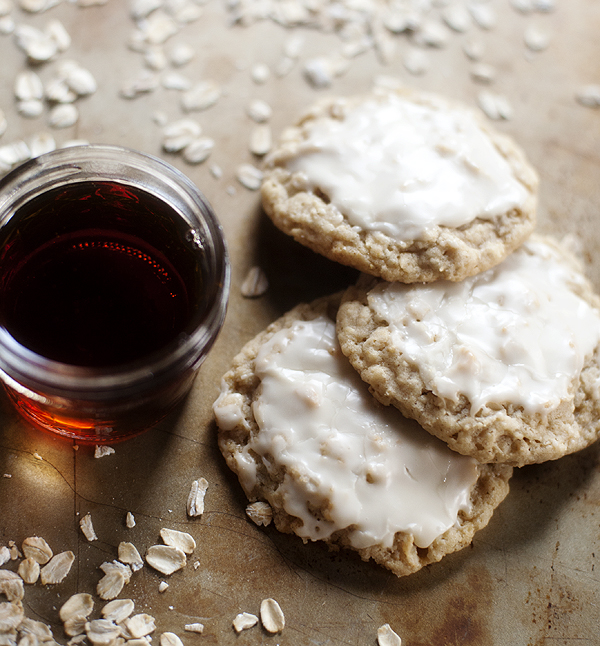 maple_iced_oatmeal_cookies_2