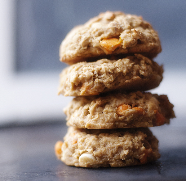PUMPKIN_white_chocolate_oatmeal_cookies_2