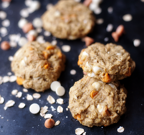 PUMPKIN_white_chocolate_oatmeal_cookies_3