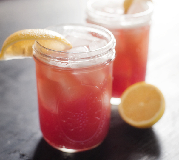 pomegranate_lemonade_beer_cocktail_3