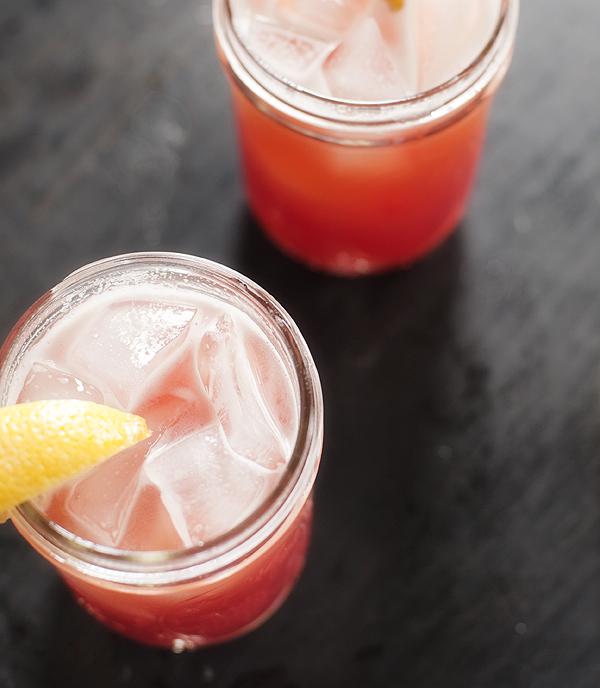 pomegranate_lemonade_beer_cocktail_4