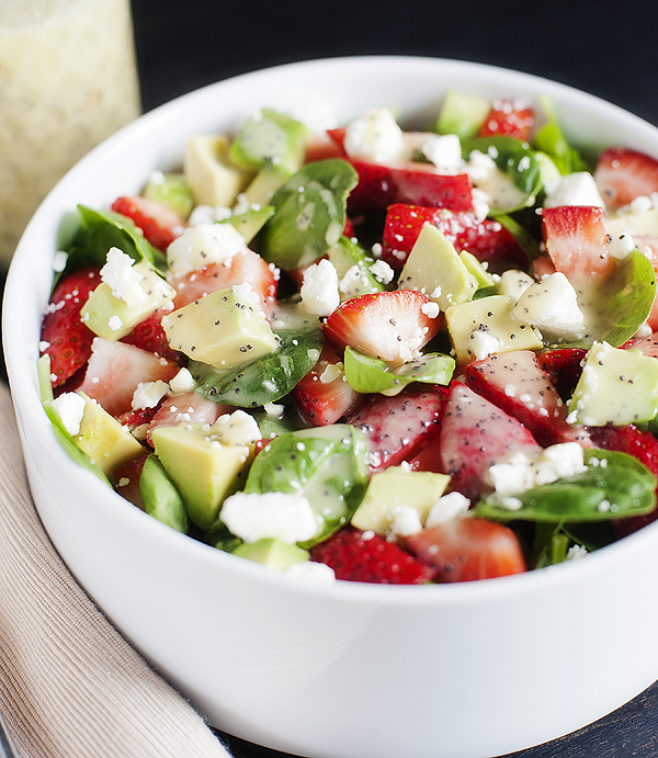 strawberry, avocado & spinach salad with feta and poppy seed dressing ...