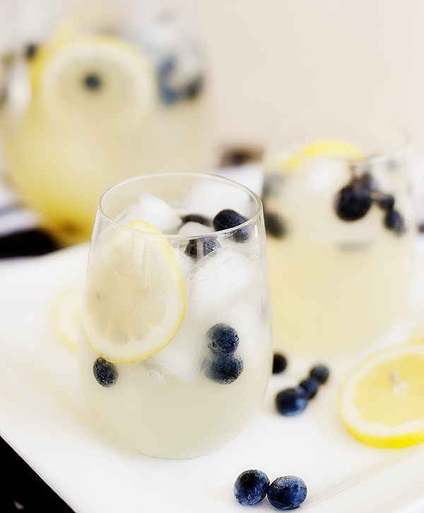 White Wine Vodka Lemonade Chiller
