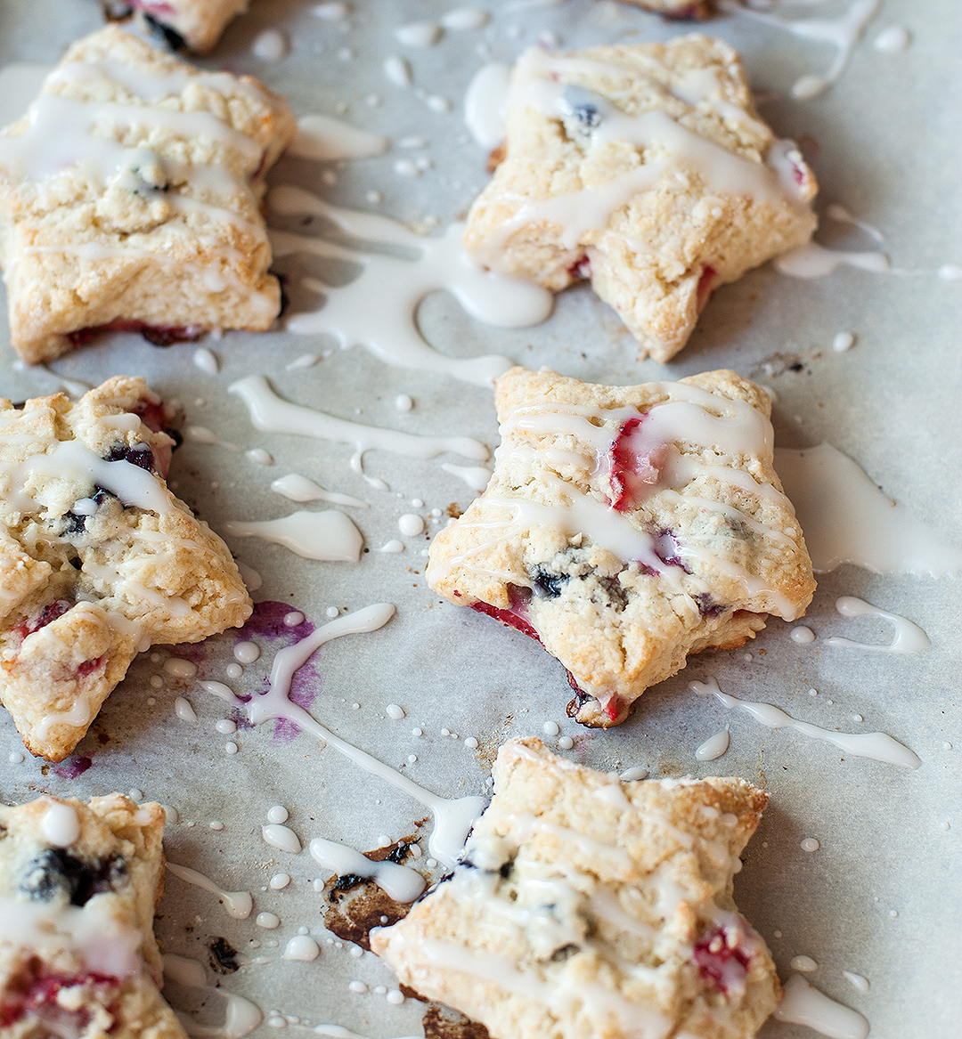 red, white and blue scones | pretty plain janes