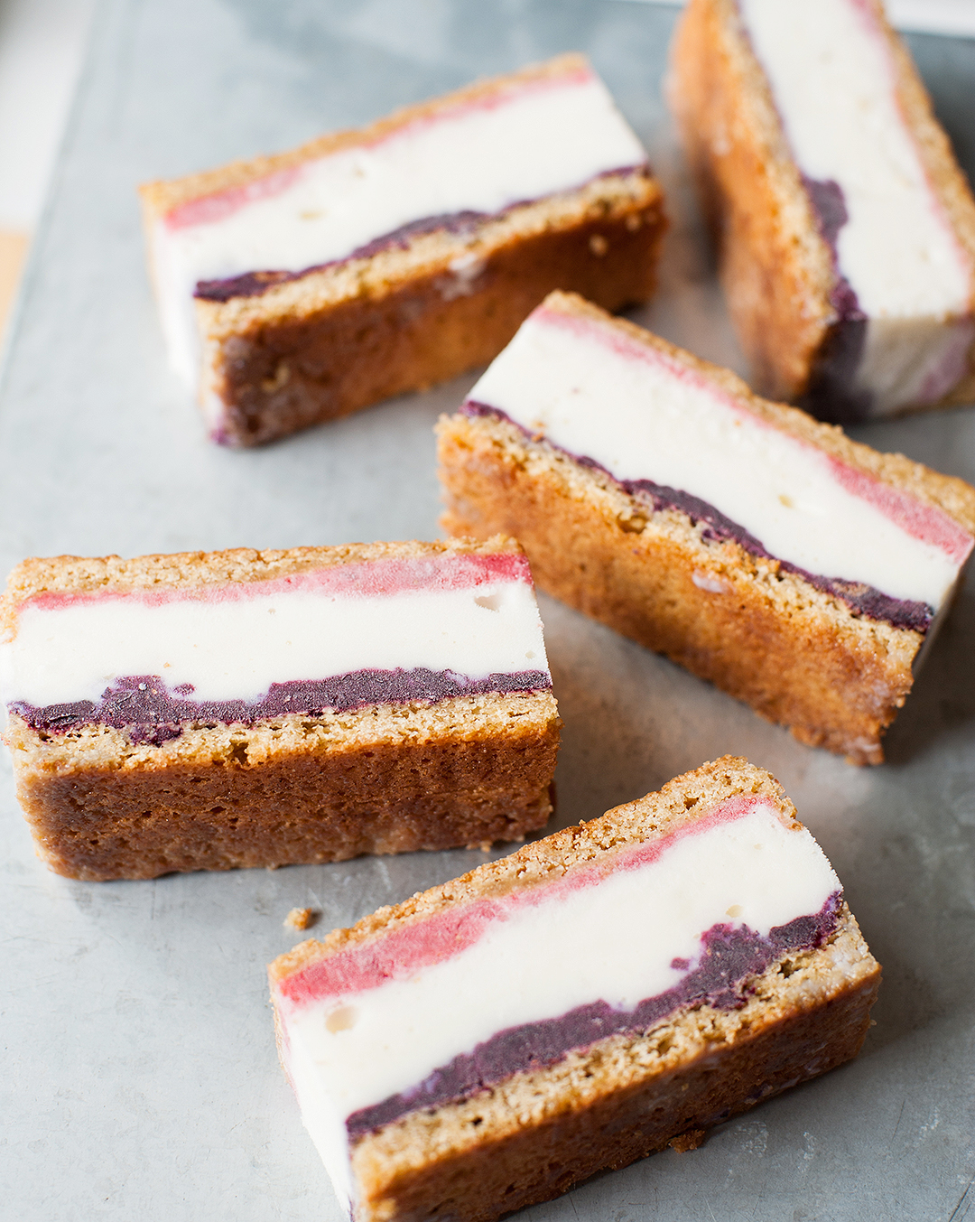 strawberry_blueberry_ice_cream_sandwiches_for_the_4th_3